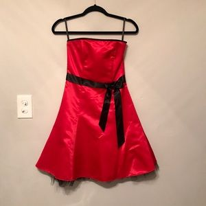 Jessica McClintock - Red Dress